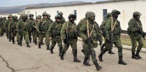 7029221-l-armee-ukrainienne-un-nain-militaire-face-au-geant-russe