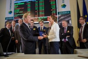 Sophie Lambrigs (d.), CEO d'HIB en compagnie de Vincent Van Dessel, CEO de NyseEuronext