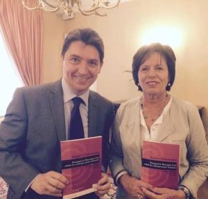 Le Sénateur français olivier CADIC (g.)