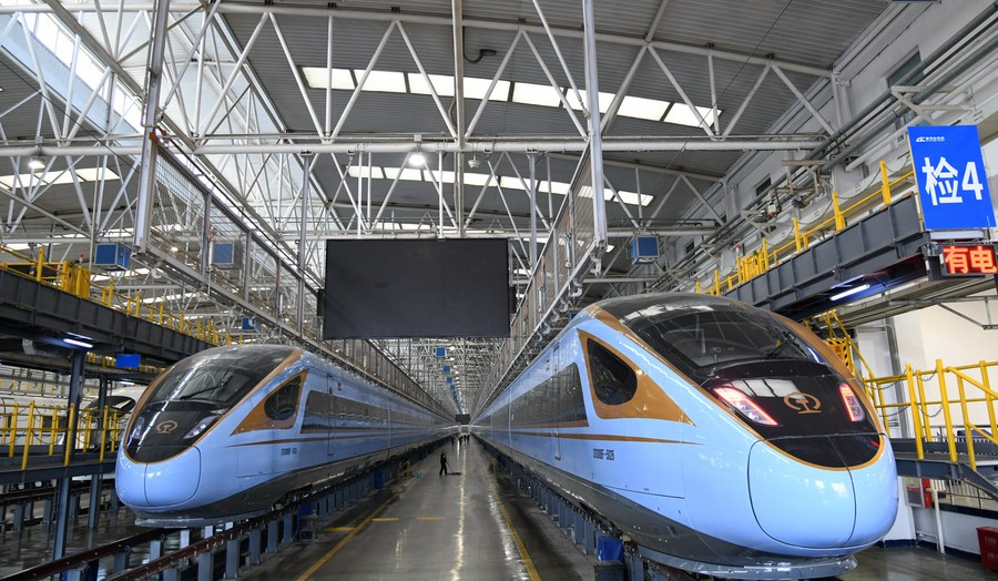 New Fuxing bullet trains to be put into service